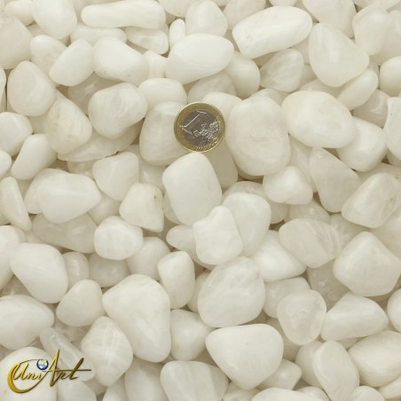 White quartz tumbled stones