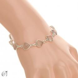 Pear gemstone bracelet in sterling silver - rose quartz