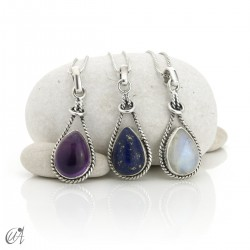 Linked drop pendant in silver 925 and natural stones