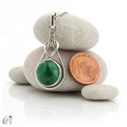 Elo model pendant in sterling silver and malachite
