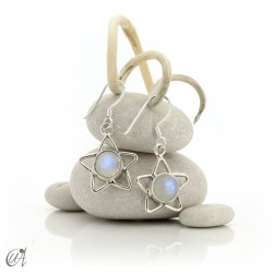 Silver earrings with moonstone, star format