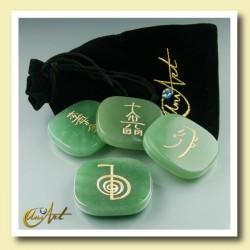Set of green quartz with Reiki symbols - model 2