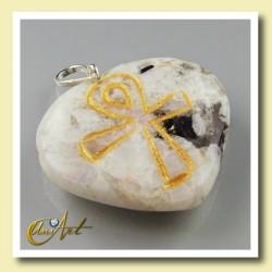 Ankh ( Cruz Egipcia ) - Colgante Corazón grabado - piedra luna