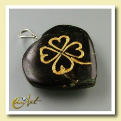 Clover heart pendant - of black turmaline