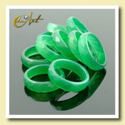 Faceted Green Agate Ring pack