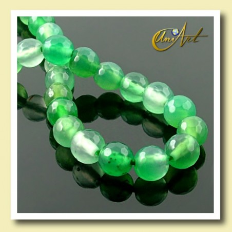 Green Agate faceted Bead - 6 mm Round - detail