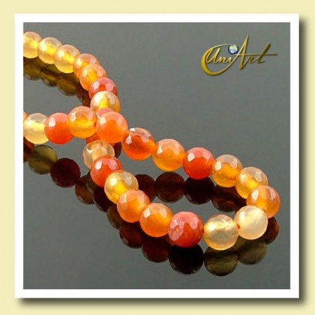 Strings of faceted carnelian beads 6 mm - detail