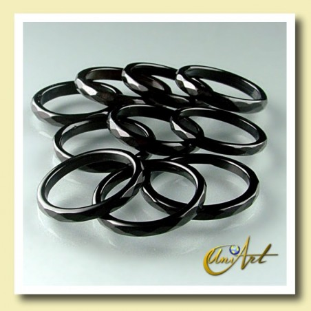 onyx ring - thin and faceted - pack