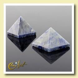 1.5 cm sodalite pyramid