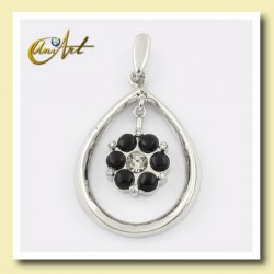 Double pendant with onyx