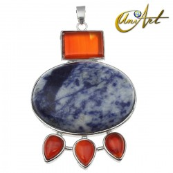 Karnak pendant with natural gemstone