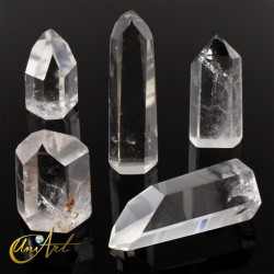 Point of rock crystal, transparent quartz (up to 25 grams)