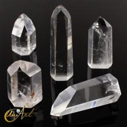 Punta de cristal de roca , cuarzo transparente (hasta 25 gramos)