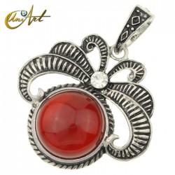 Vintage carnelian pendant