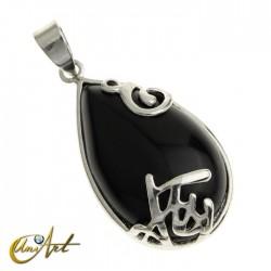 Teardrop onyx pendant