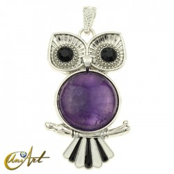 Owl, pendant with amethyst