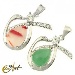 Swan crystals pendant