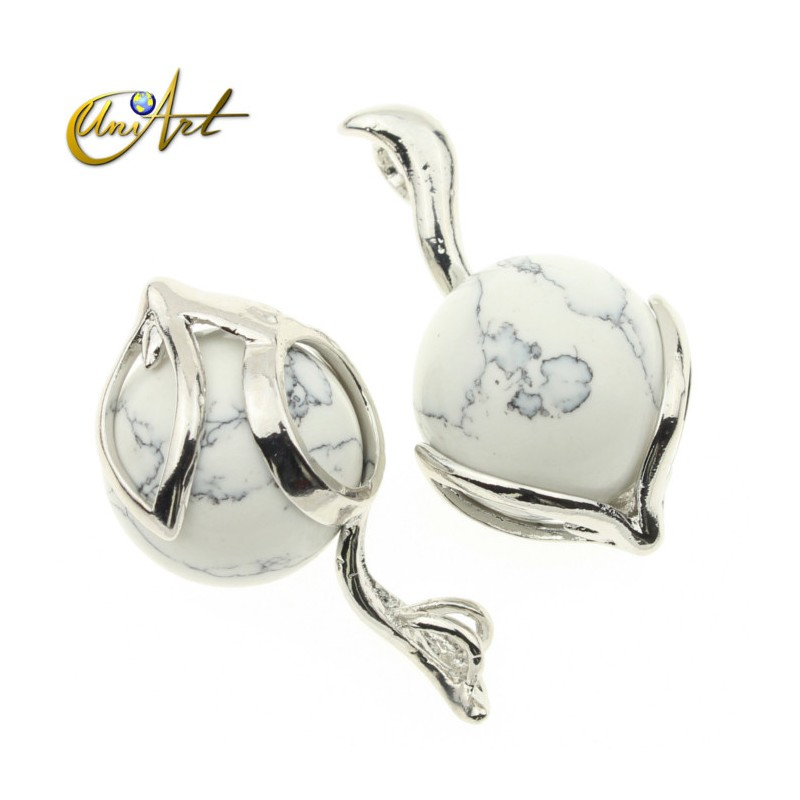 Fox howlite pendant