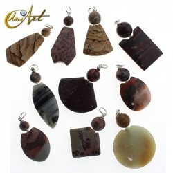 Pack with 10 jasper pendants