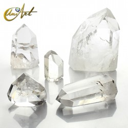 Points of crystal quartz