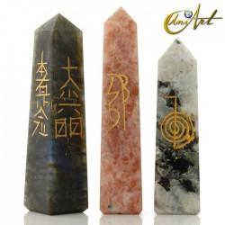 Obelisk form conductor with Reiki symbols