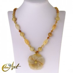 Yellow calcite necklace with flower pendant