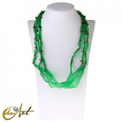 Organza necklace with jade chip for donut